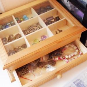caja madera abalorios