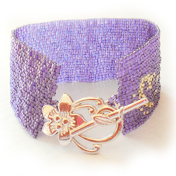 Beadwork Bracelet in Purple Lilac Glass Beads - Cuff Bracelet  (2)