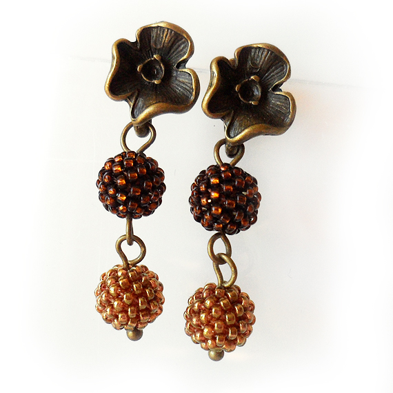 Flower Stud Earrings - Brown and Topaz Glass Berry Beads Earrings  (2)