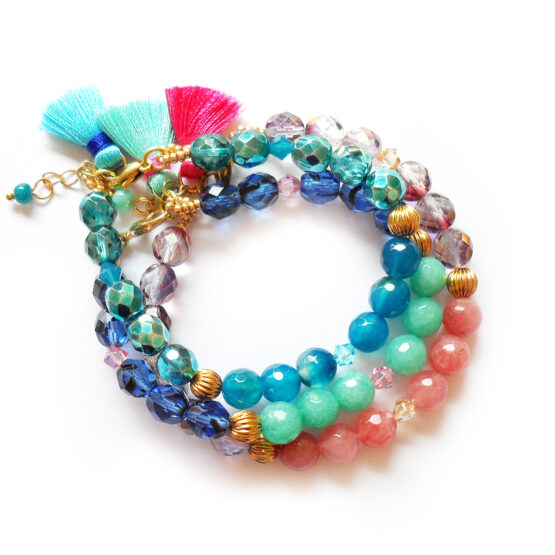 Paradise Bracelets with swarovski crystals and agate gemstone beads in blue and pink (2)