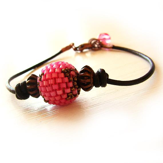 Pink Round Glass Bead Leather Bracelet - Bangle Bracelet (3)