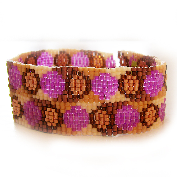 Retro Dots Bracelet in Brown and Pink Beads