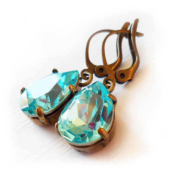 Teardrop Rhinestone Earrings inTurquoise Swarovski Crystals (2)