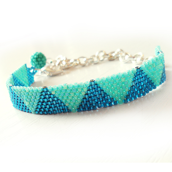 Triangle Bracelet with Blue Glass Beads - Dicope Soul Bracelet
