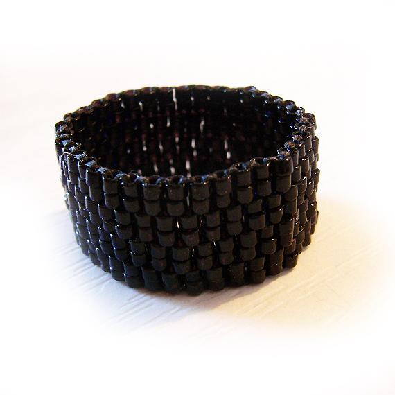 Wide Black Glass Beads Ring - Peyote Beadwork Ring (3)