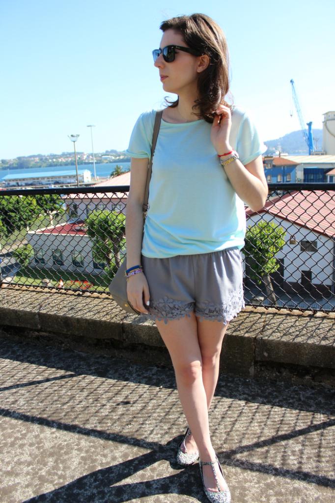 look_verde_menta_y_gris