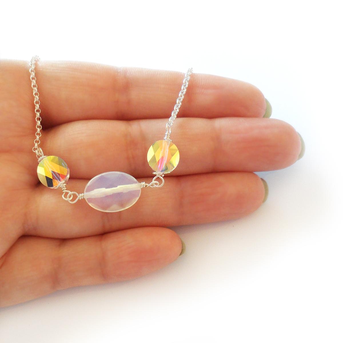 collar-aura-en-ovalos-de-cristal-de-swarovski-y-piedra-de-luna-3