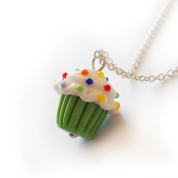 Collar Cupcake Verde Manzana en plata de ley (4)