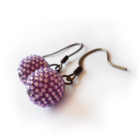Pendientes abalorios de cristal lila brillante (3)